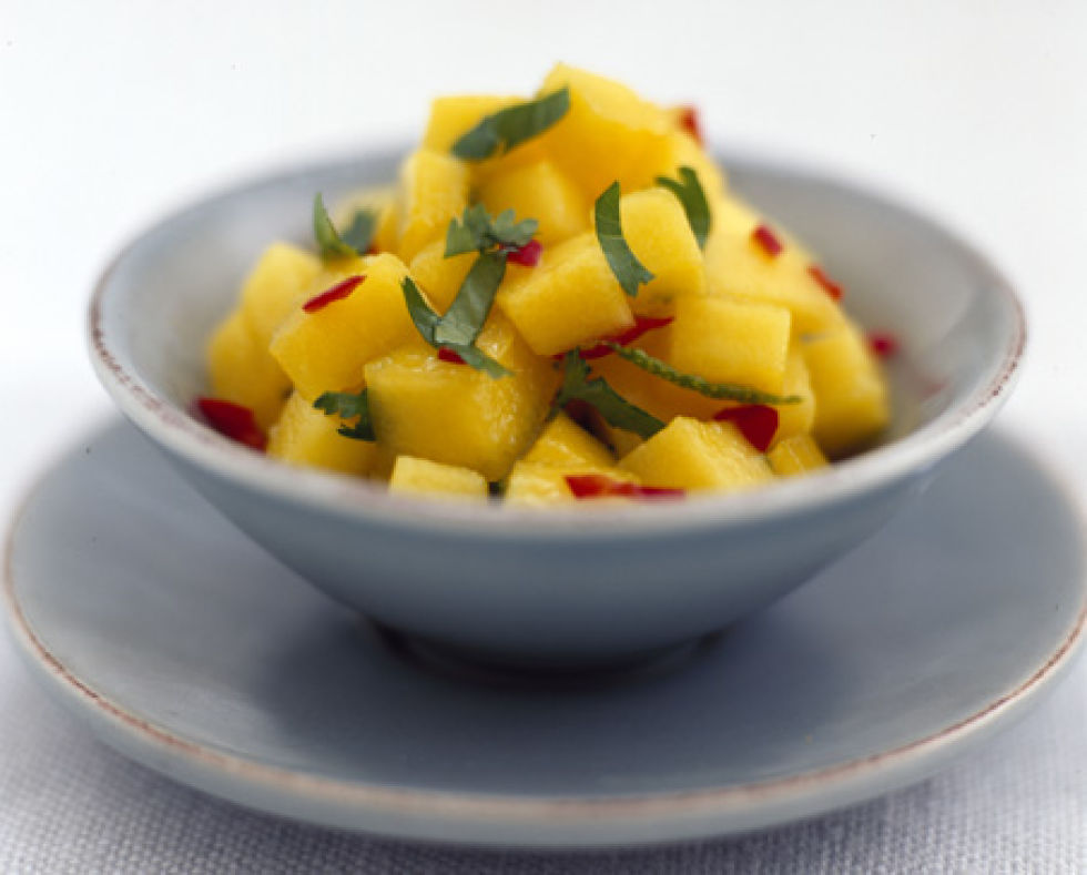 Mango and red pepper relish