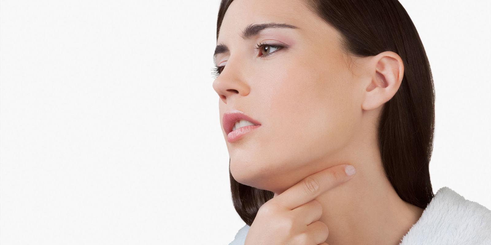 sore throat facial pain