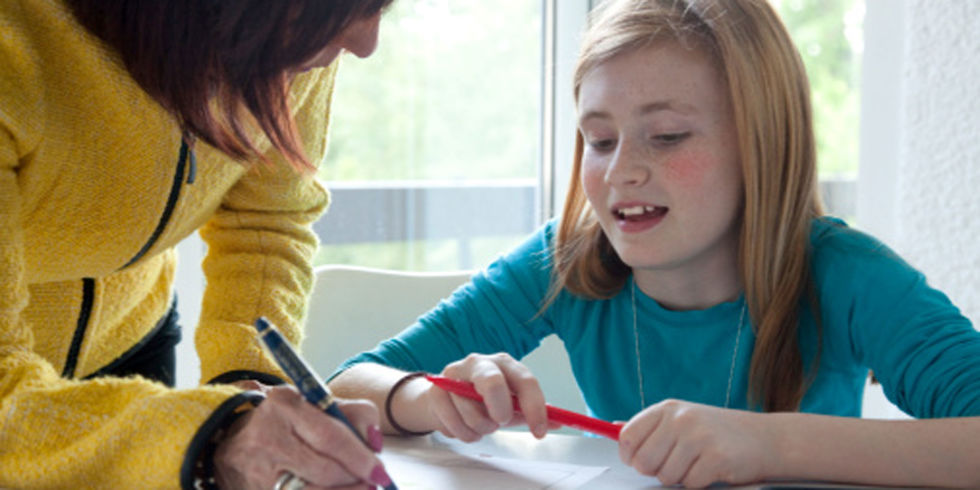 Should homework be banned,  Debate