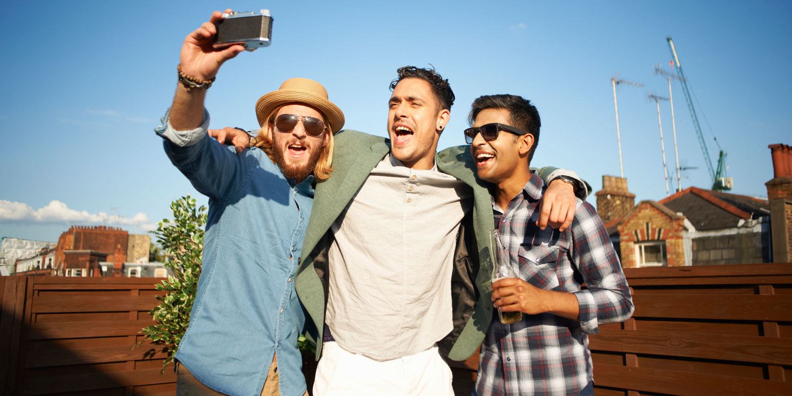male friendships The 10 best friendships in literature the two male friends (sorry, but i refuse to ever use the word bro) go an epic journey together, which is basically a road trip their funny and simple friendship is a reminder and an ideal of how we should support our friends.