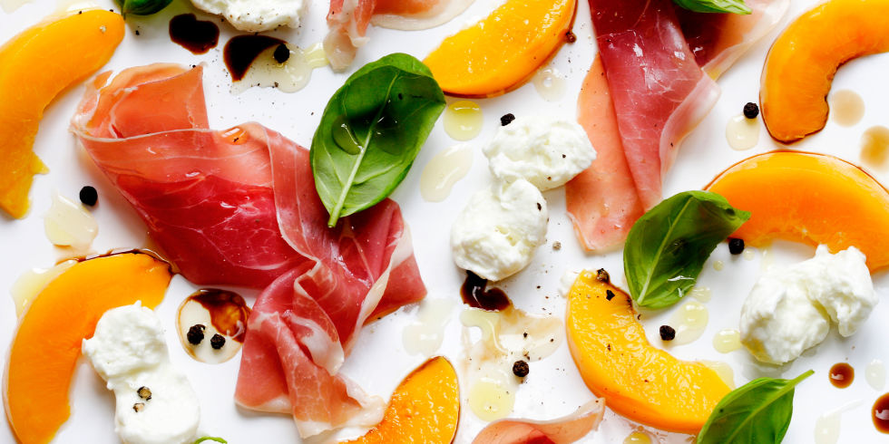 Peach, ham, mozzarella salad