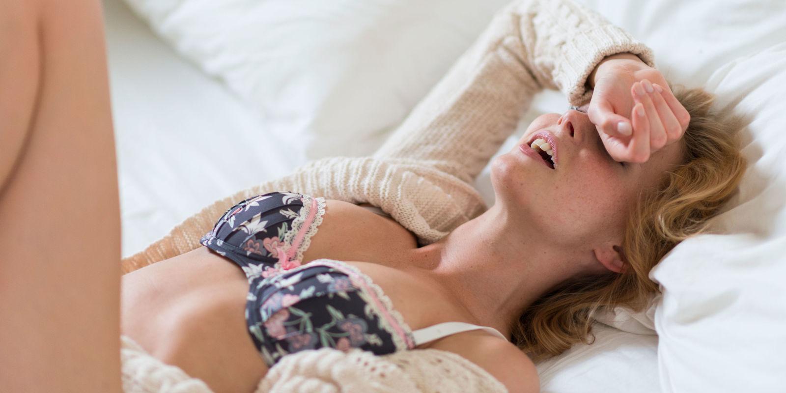 Порно оргазм испанских девушек как они кончают 117